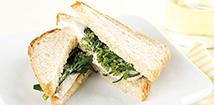 広甘藍菜の花とチキンのサンドイッチ